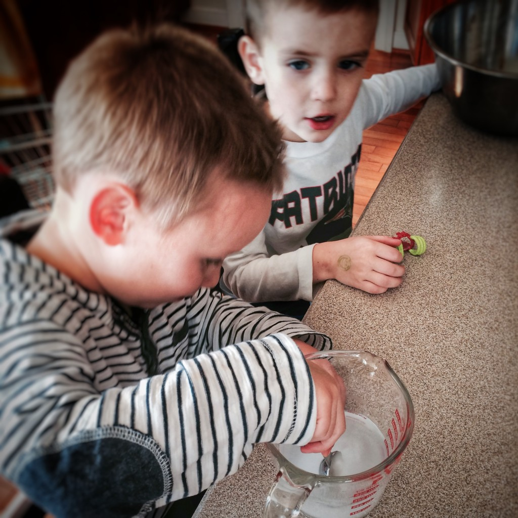 Charlie and Dom stir borax