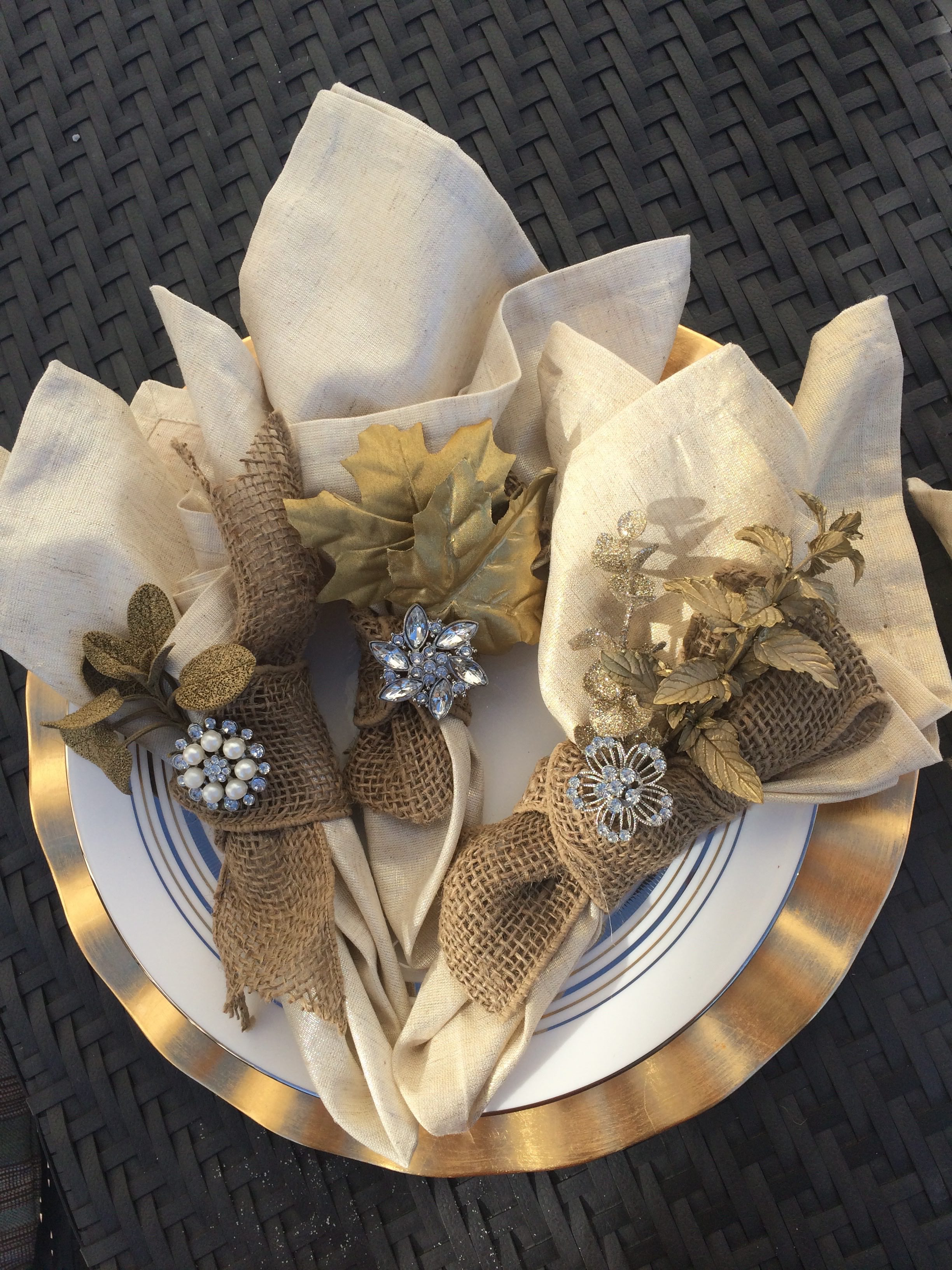 Thanksgiving napkin rings dad or alive dad or alive for Turkey napkins