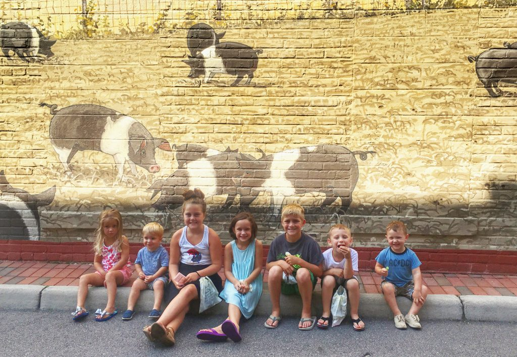 kids-and-cousins-in-smithfield
