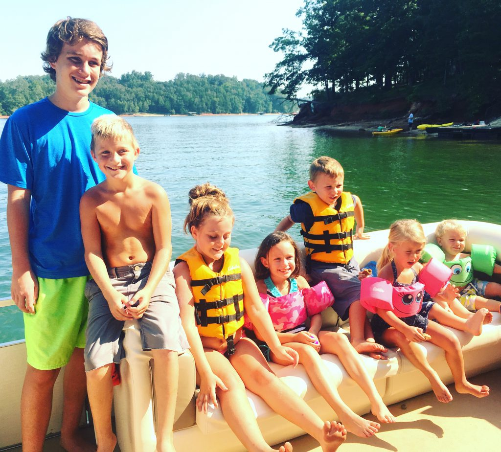 cousins-on-the-dock-at-tugaloo