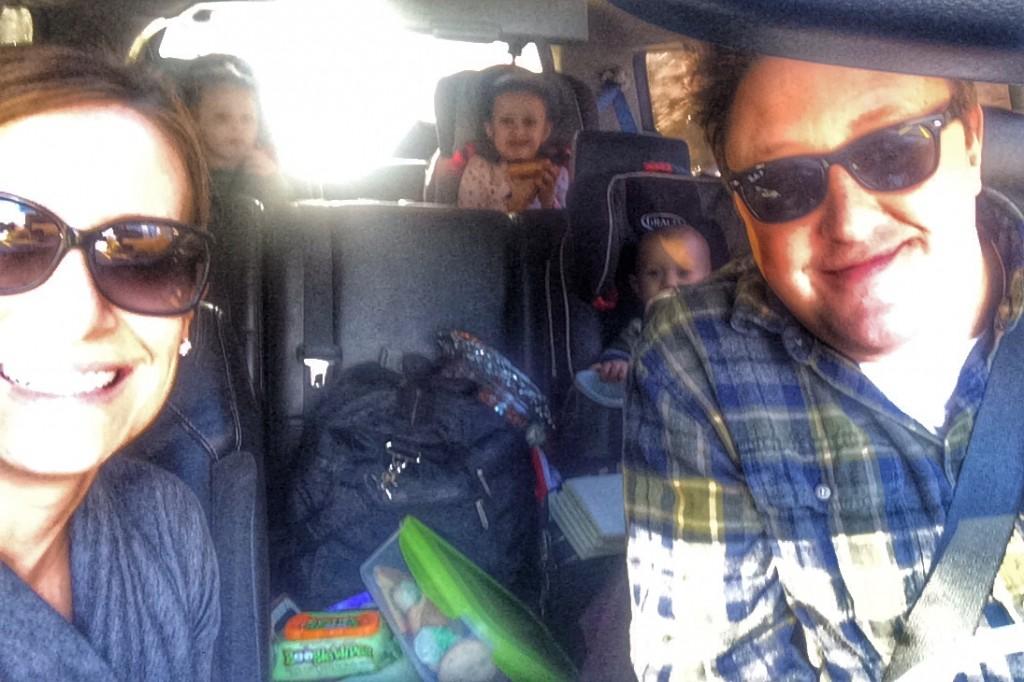 ROAD TRIP DECEMBER FAMILY