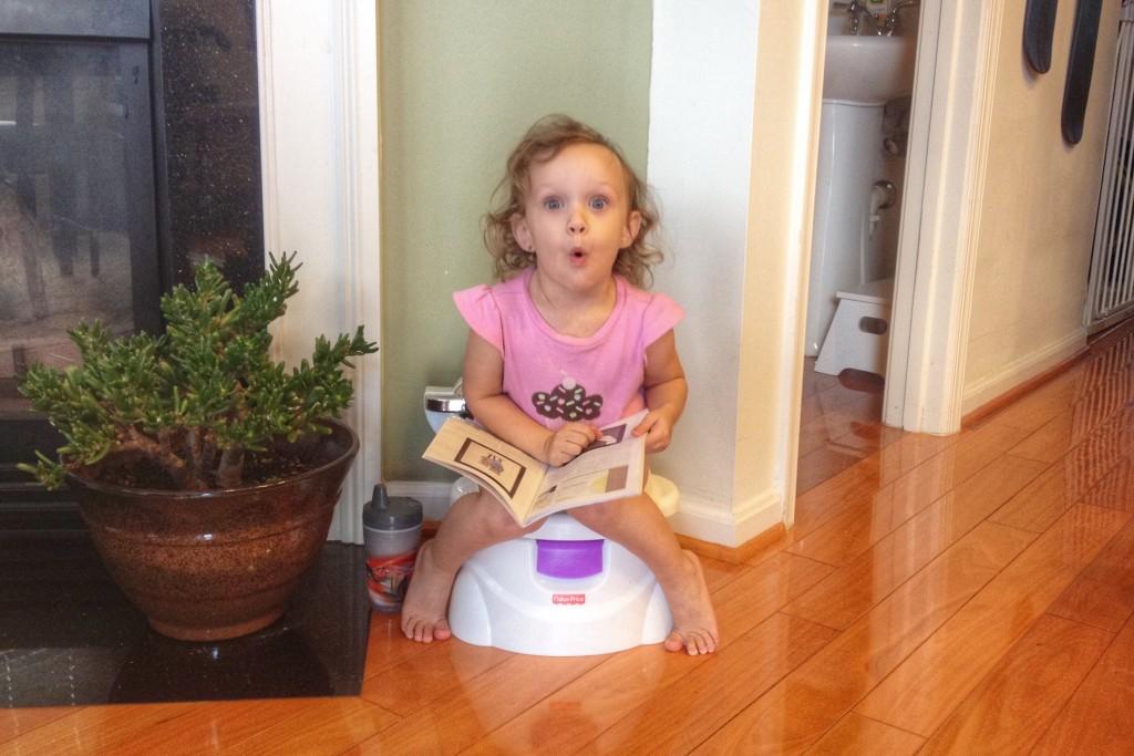 Ava uses potty age 2
